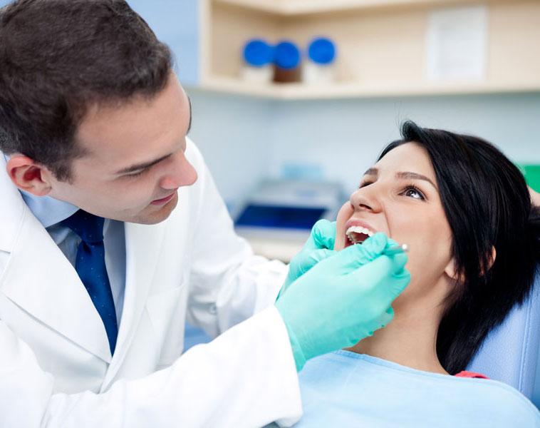 Cómo se blanquean los dientes