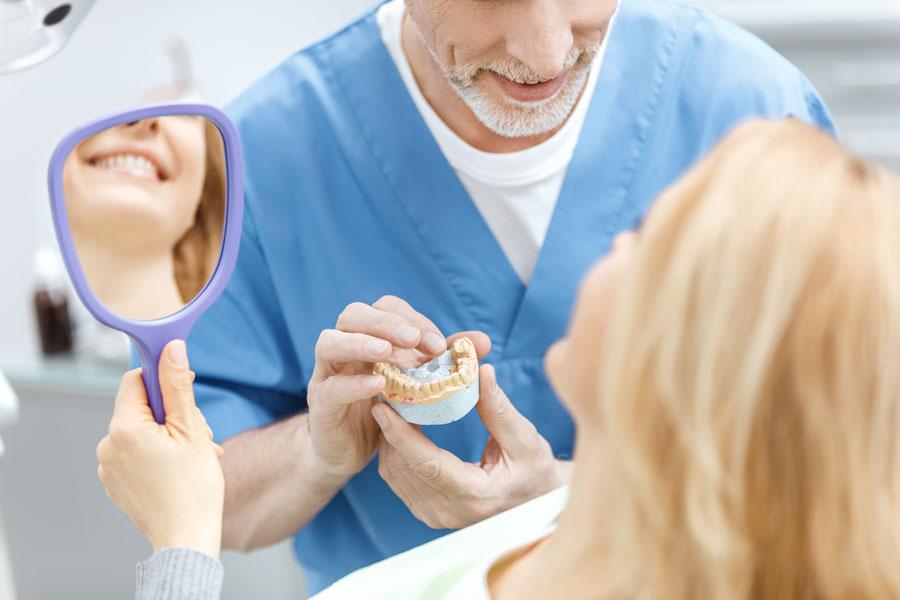 Precio de un implante dental