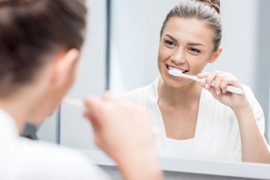 Cómo cepillarte los dientes si llevas brackets