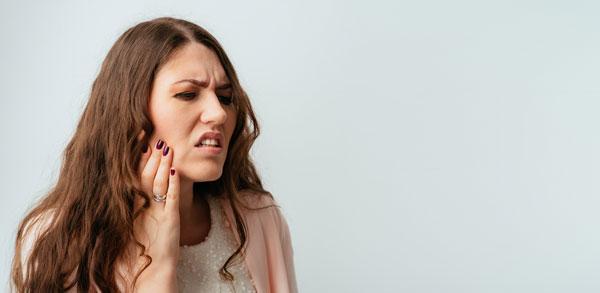 Dolor por Implantes dentales