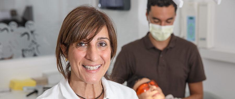 Higiene y mantenimiento de los brackets en Axioma Estudi Dental Barcelona