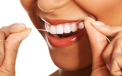Hilo dental, antes o después del cepillado